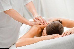 Как делать спортивный массаж