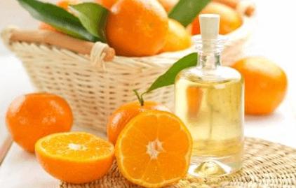 """""""апельсиновая корка"""" - с чем борется антицеллюлитный массаж"""