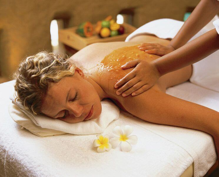 Медовый массаж всего тела
