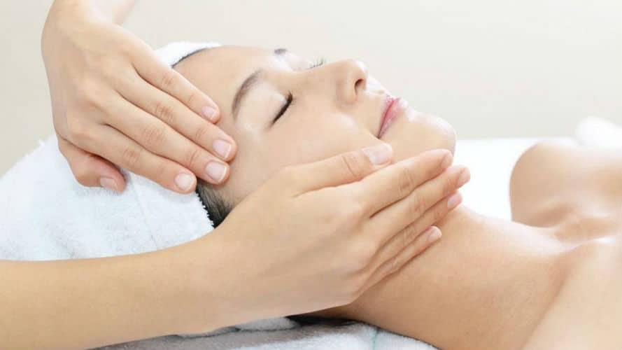 Японский массаж лица Кобидо: техника выполнения