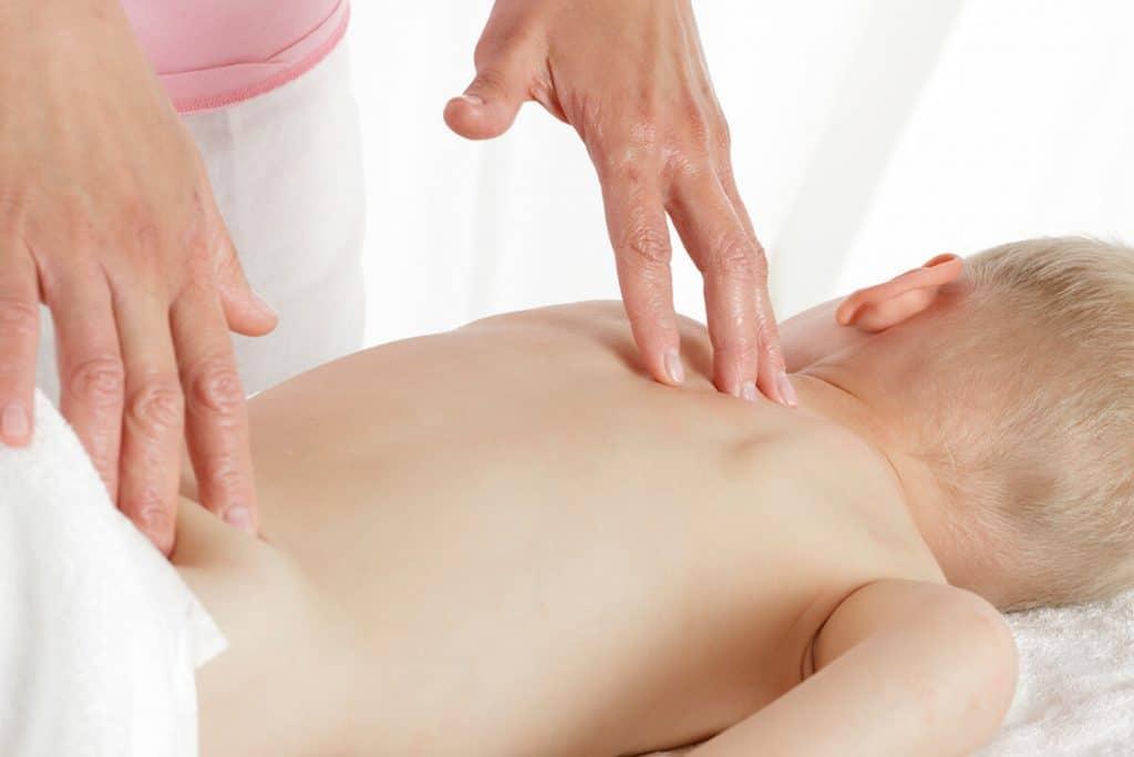 Особенности детского медицинского массажа