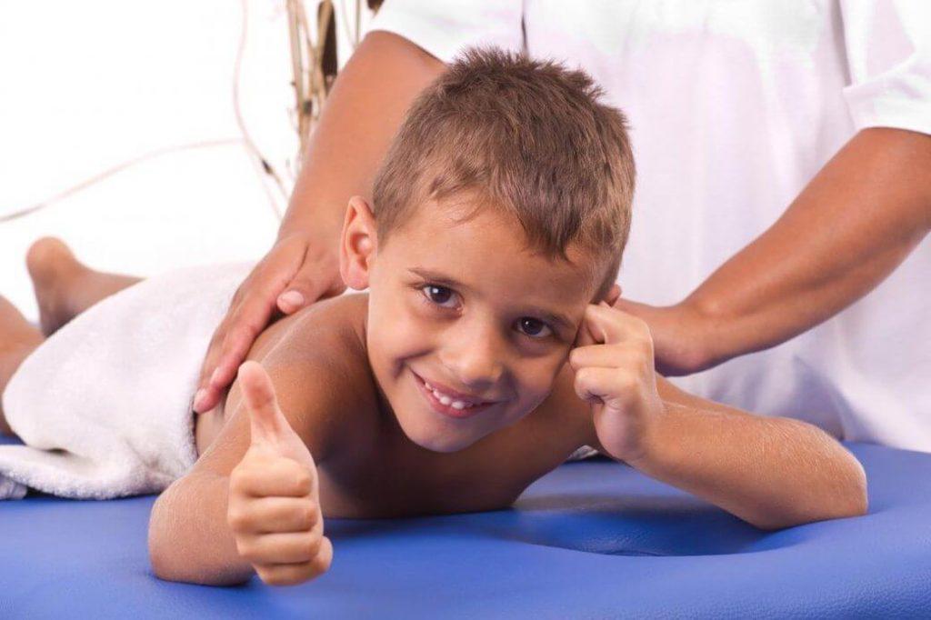 Польза детского лечебного массажа