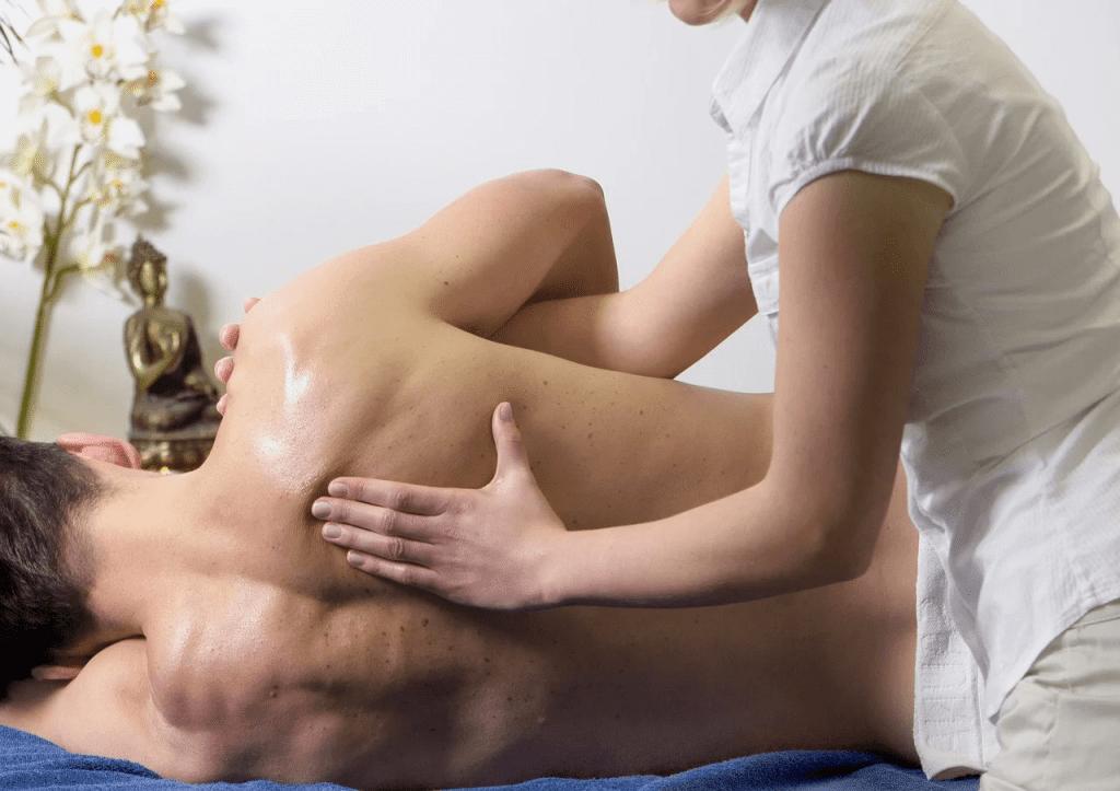 Польза медового массажа спины