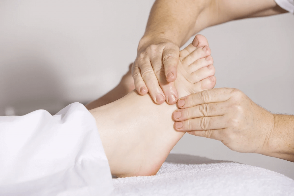 Основы методики массажа при плоскостопии
