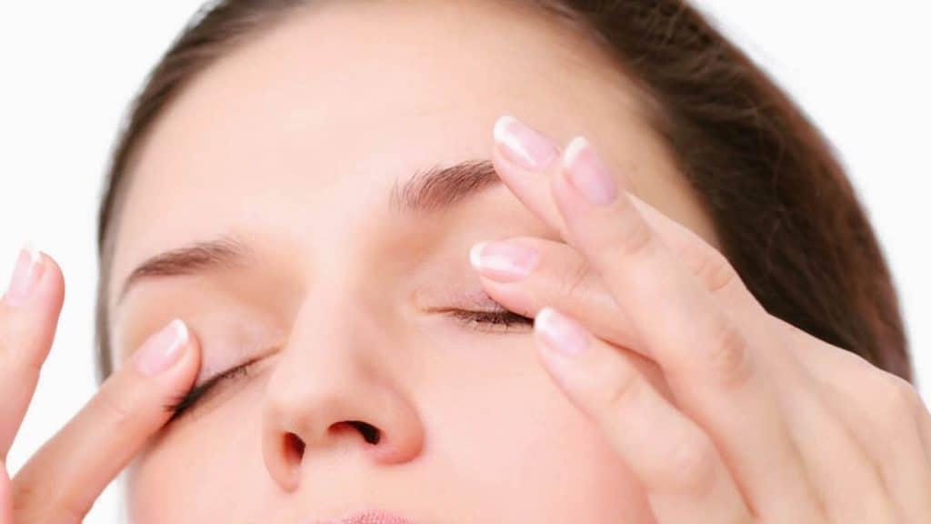 Какой массаж улучшает зрение