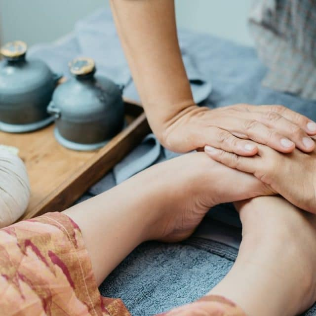Антистресс массаж ног